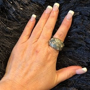 Chunky style unique ring